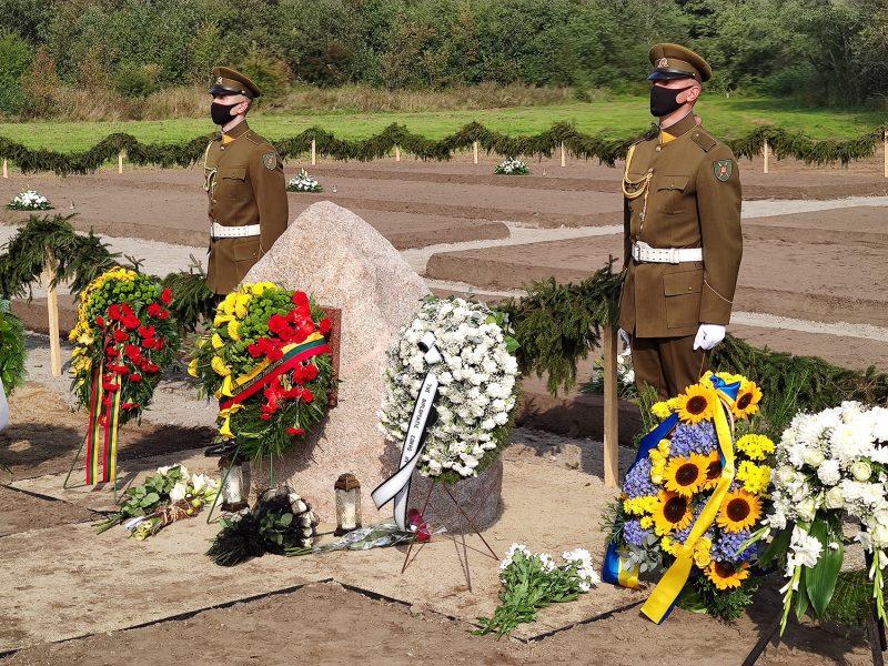 Šilutės rajone pagerbtos nacių ir sovietų režimų aukos