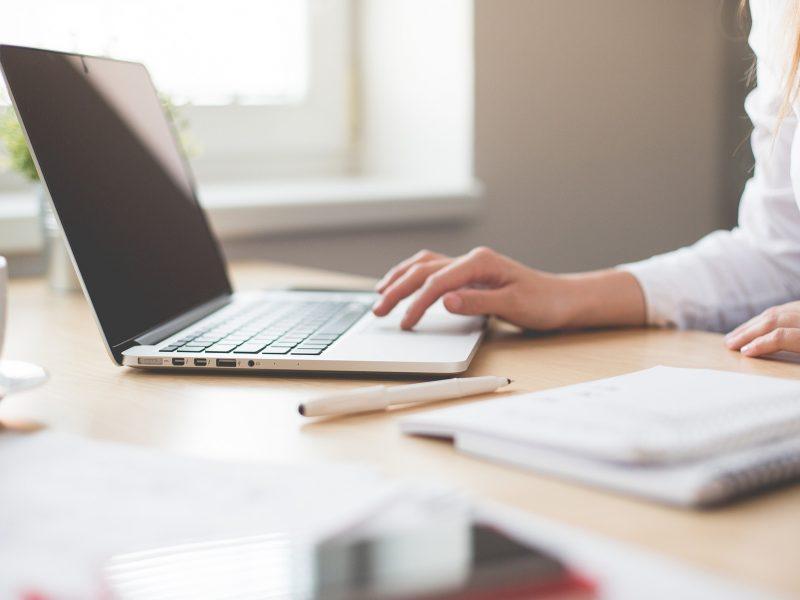 Beveik penktadalis namų ūkių dar neturi prieigos prie interneto