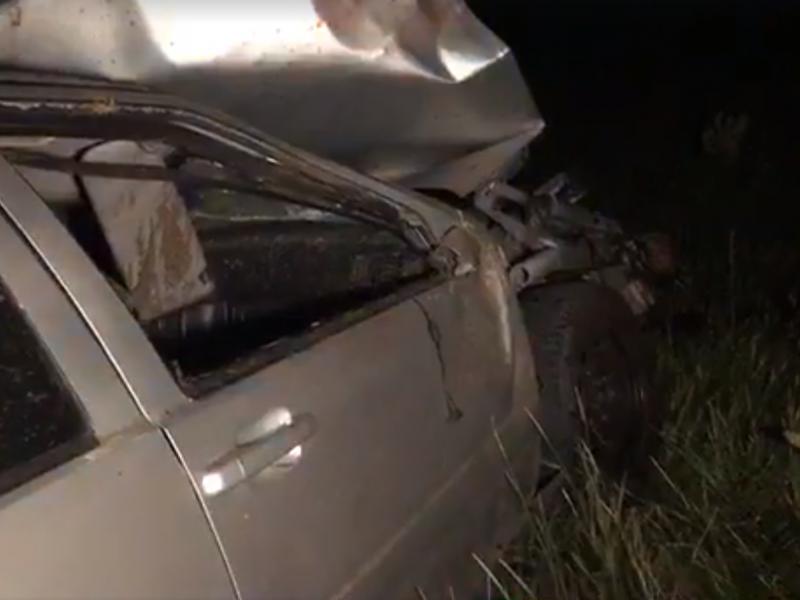 Mirtina avarija Vilniaus rajone: mašina trenkėsi į medį, vairuotojas žuvo