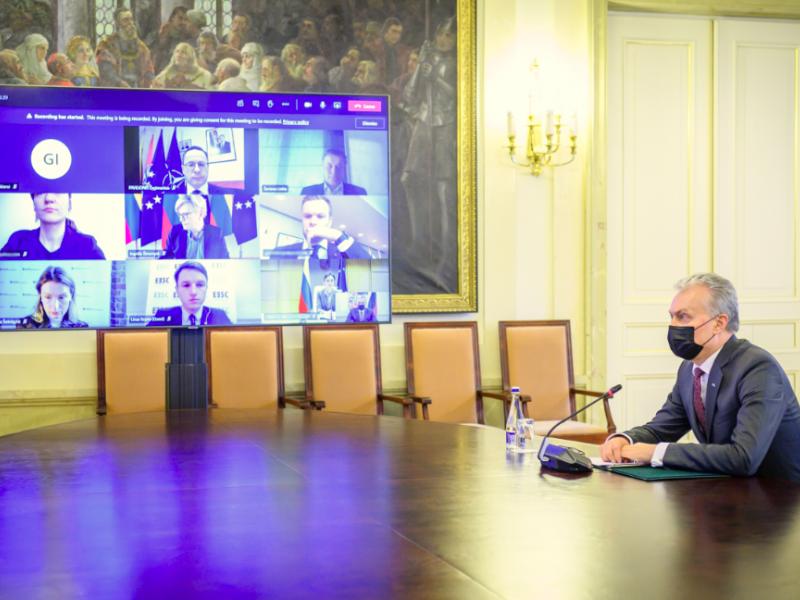Prezidentūra: siūloma rengti ilgalaikę Lietuvos strategiją dėl Baltarusijos