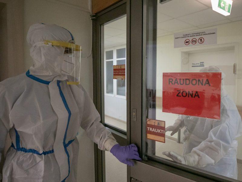 Lietuvoje COVID-19 serga 35 tūkst. žmonių, protrūkiai – ligoninėse