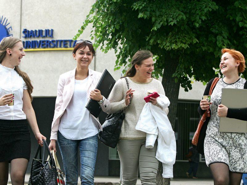 Metams atidėtas Šiaulių universiteto prijungimas prie VU