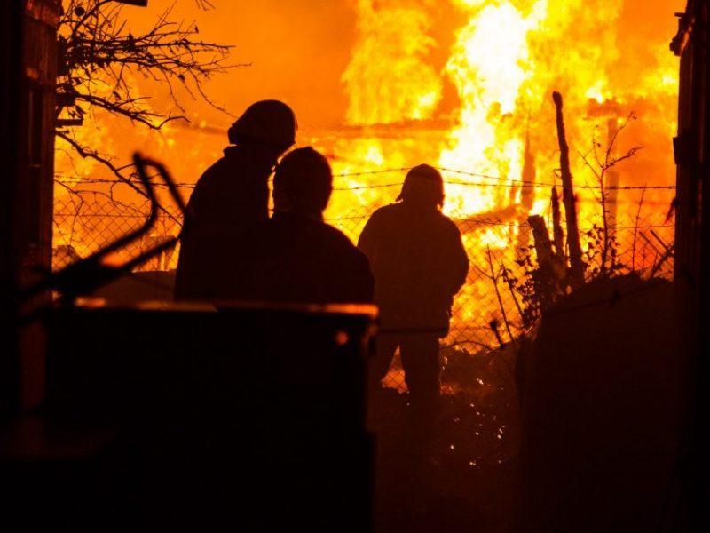 Kazlų Rūdoje per gaisrą, galimai, dėl neatsargaus rūkymo lovoje žuvo moteris