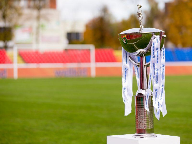 Futbolo taurės sieks trijų lygų komandos