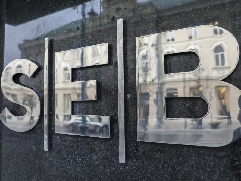 Naktį iš penktadienio į šeštadienį neveiks SEB interneto bankas