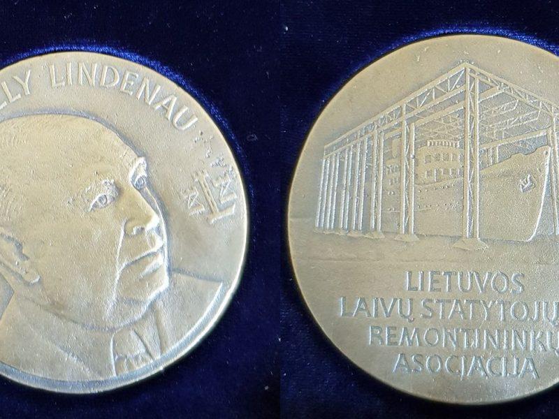 Laivų statytojai ir remontininkai turės medalį