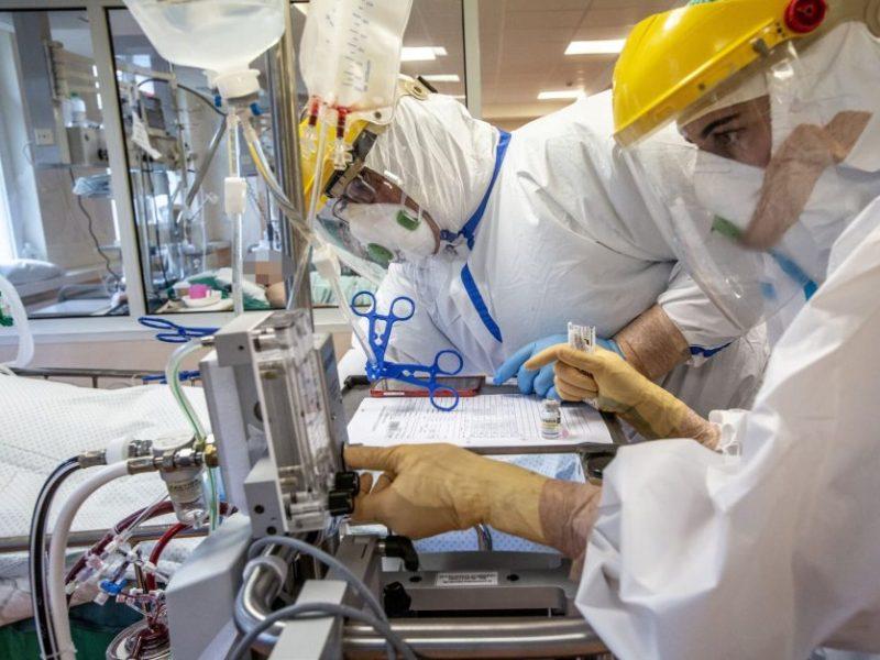 Ligoninėse dėl koronaviruso gydomas 1501 žmogus