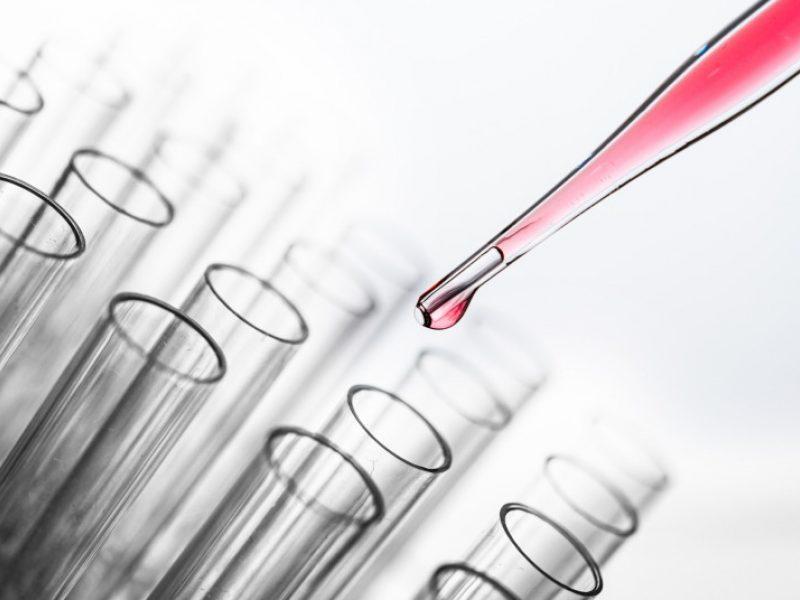 Tyrimai nuo koronaviruso turėtų būti atliekami ir dar dviejose laboratorijose
