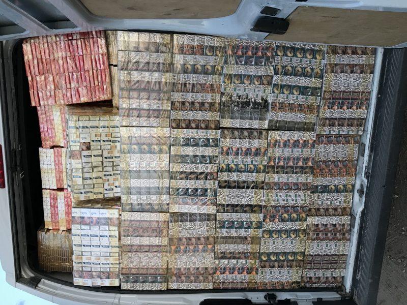Sulaikytas lenkas, gabenęs cigarečių kontrabandą už ne mažiau nei 100 tūkst. eurų