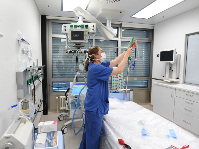 Oficialu: Lietuvoje nuo koronaviruso mirė trečias žmogus