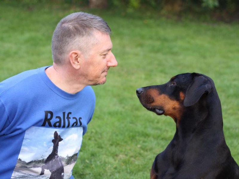 M. Sėjūnas kovoja dėl šuns gyvybės: miega itin mažai ir reikalaus žalos atlyginimo