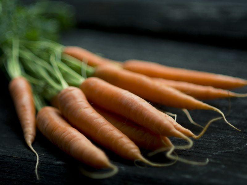 Patiekalai iš morkų: nuo netikėtai gurmaniškų iki saldžių atradimų