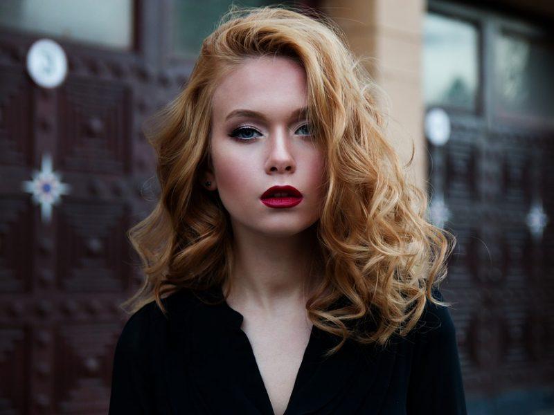 Kosmetologai sunerimę: jaunos mergaitės odą prižiūri lyg 50-metės