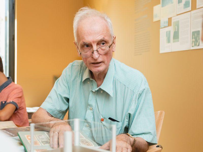 Profesorius S. Sajauskas: kolekcininkai gyvena ilgiau
