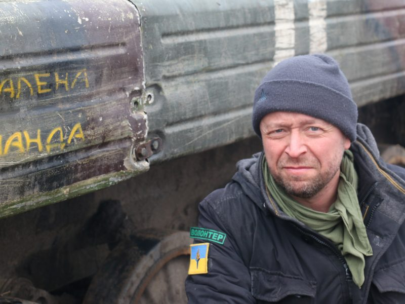 Knygą išleidęs J. Ohmanas: Ukrainoje karas vyksta, niekas nesibaigę
