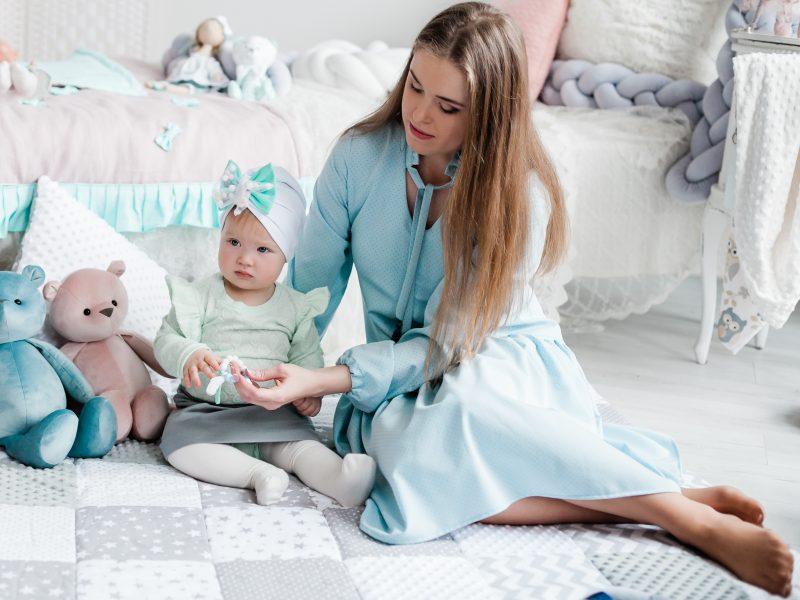 Naujausios pavasario-vasaros mados naujienos – Lietuvos kūrėjų gaminiuose