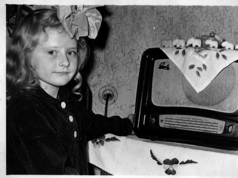 D. Grybauskaitė kviečia visus vaikus per atostogas rasti laiko atsiversti knygą