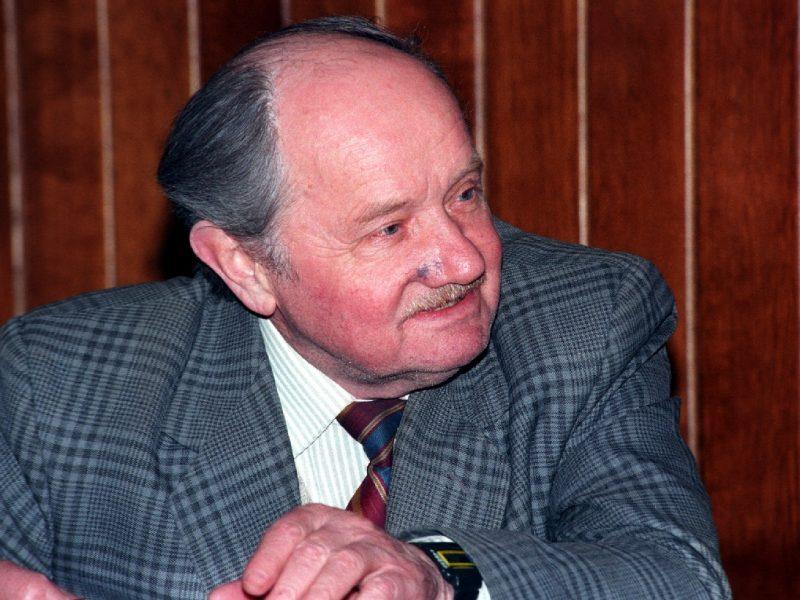 Mirė aktorius J. Meškauskas