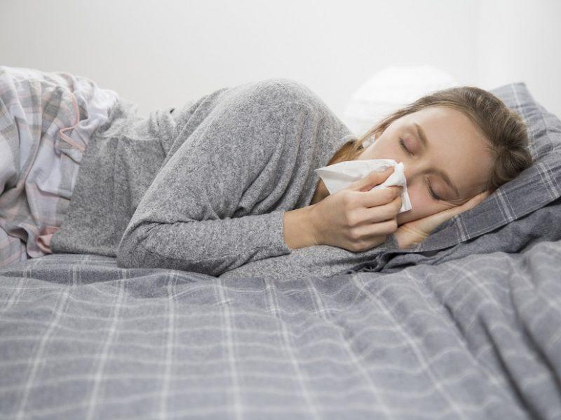 Per savaitę išaugo sergamumas peršalimo ligomis: daugiausia ligonių – Kauno apskrityje