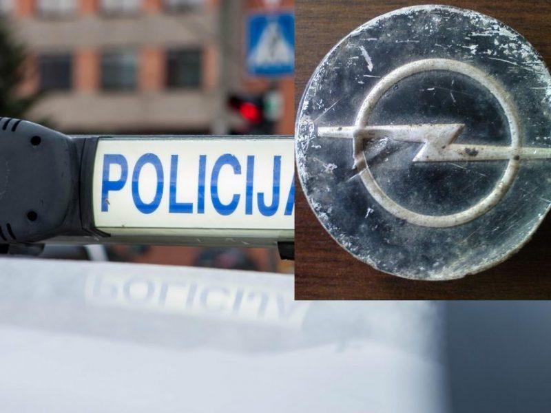 """Kuriozas: """"Opel"""" keleivė taranavo prekybos centrą """"Grandus"""""""