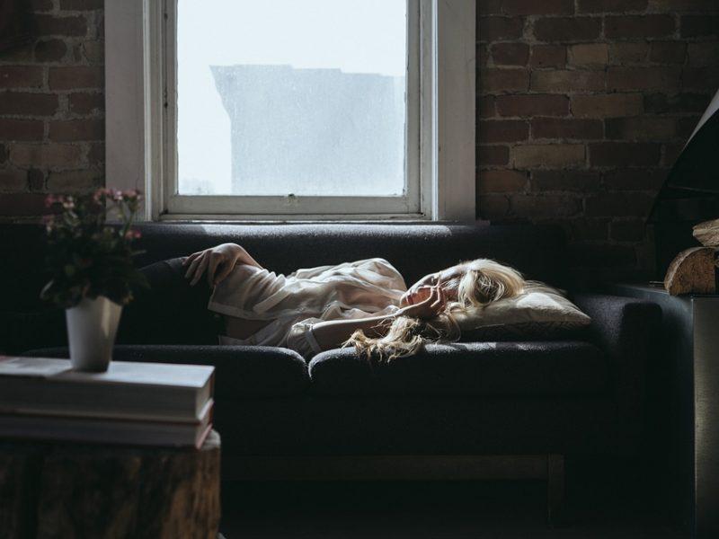 Kad stresas nevirstų depresija: kaip atpažinti rimtą pervargimą