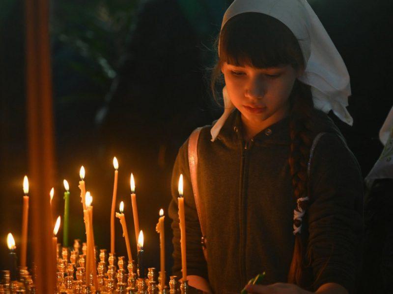 Rusijoje per gaisrą cerkvėje nukentėjo šeši vaikai