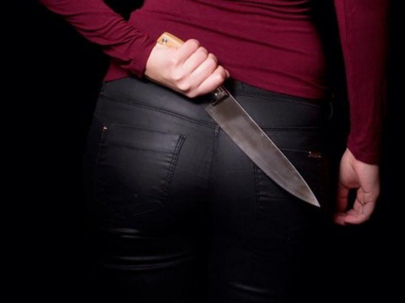 Sostinėje girta moteris įtariama nužudžiusi vyrą dūriu į krūtinę