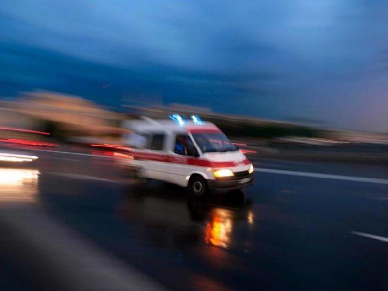 Panevėžyje per lengvųjų ir krovininio automobilių avariją sužalota moteris