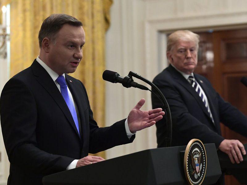 JAV prezidentas gali rugsėjį vėl apsilankyti Lenkijoje