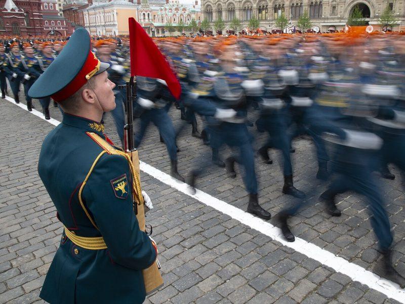 Rusija apie Baltijos šalių protestus: saliutai vyks mūsų teritorijoje, nenurodinėkite
