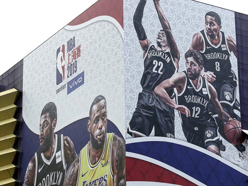 NBA neatsitraukia: rungtynės Šanchajuje įvyks nepaisant ginčo dėl Honkongo