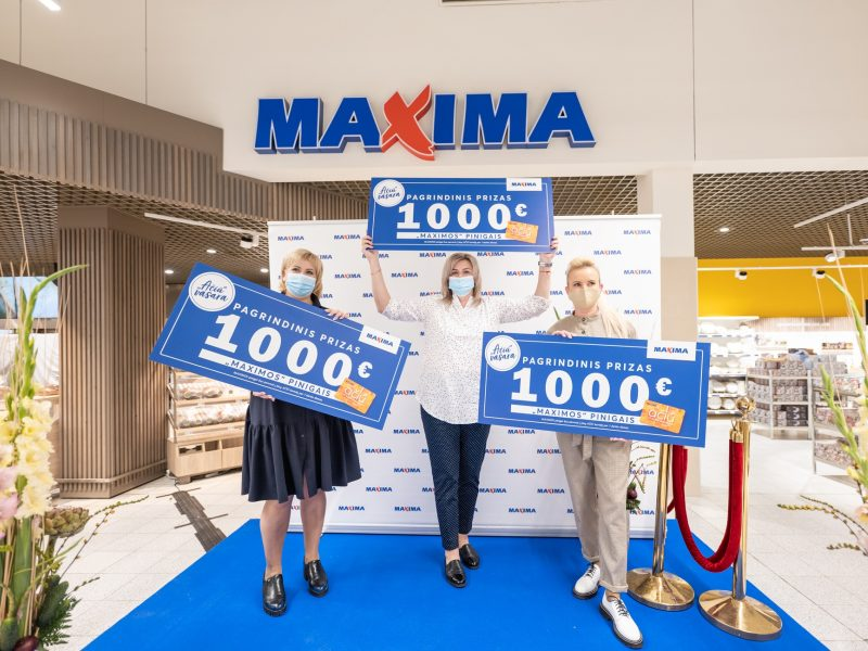 """""""Maximos"""" organizuoto žaidimo """"Ačiū, vasara"""" laimėtojai apdovanoti vertingais prizais"""