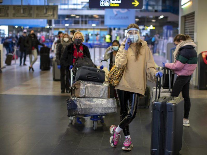 Lietuvos oro uostuose gruodį daugės skrydžių krypčių