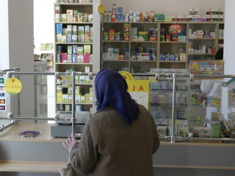 Opozicijai valstybinių vaistinių įteisinimo išbraukti nepavyko