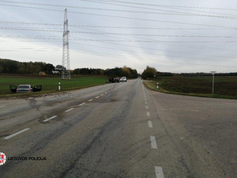 Praėjusią parą eismo įvykiuose žuvo vienas žmogus, 13 buvo sužeisti