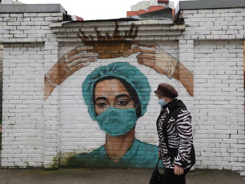 Pandemijos šešėlyje – suklastoti pažymėjimai ir testai