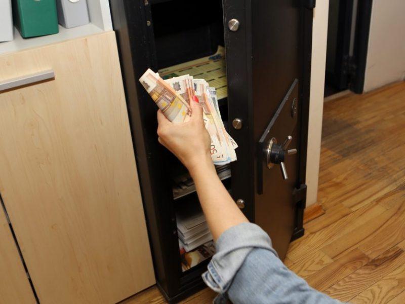 Klaipėdoje iš bendrovės patalpų pavogtas seifas: žala – tūkstantinė