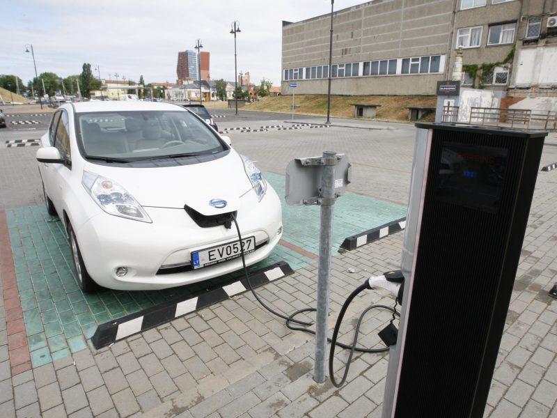 Uostamiestyje daugės elektromobilių stotelių