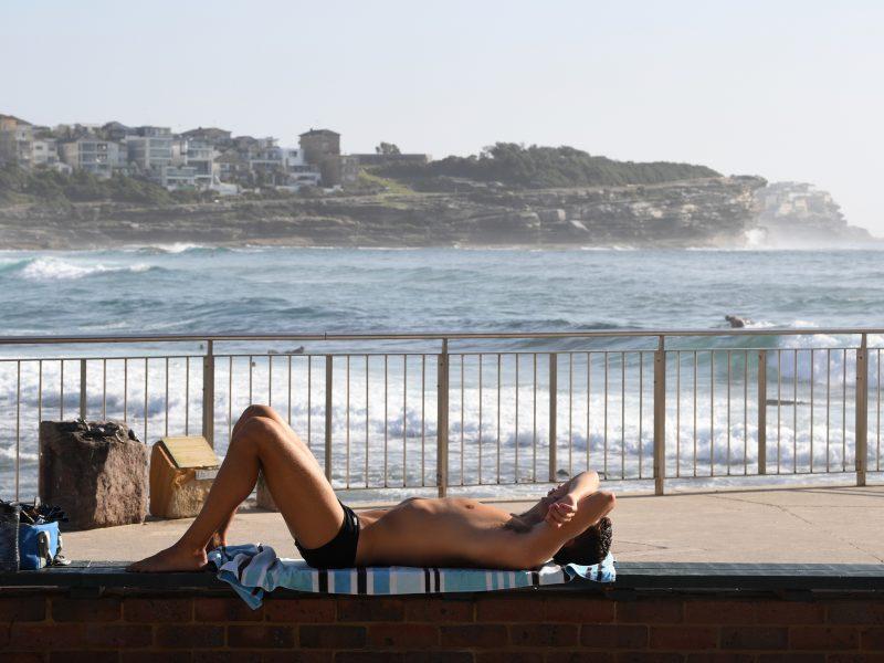 Australijoje tęsiasi rekordiniai karščiai: perspėjama dėl pavojingų infekcijų