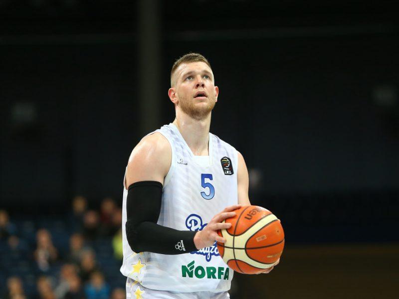 """Karjeros sezoną sužaidęs T. Lekūnas papildė """"Lietkabelį"""""""