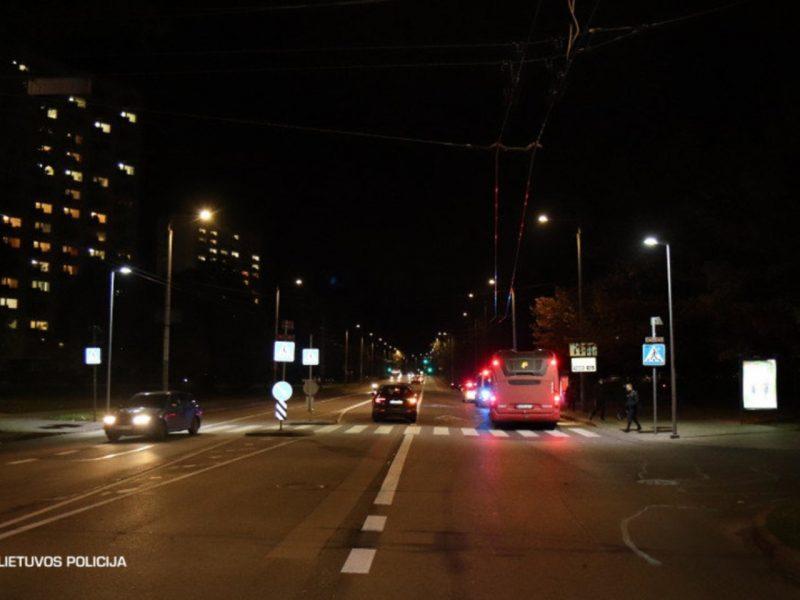 Savaitė šalies keliuose: žuvo penki žmonės, sužeisti – 74