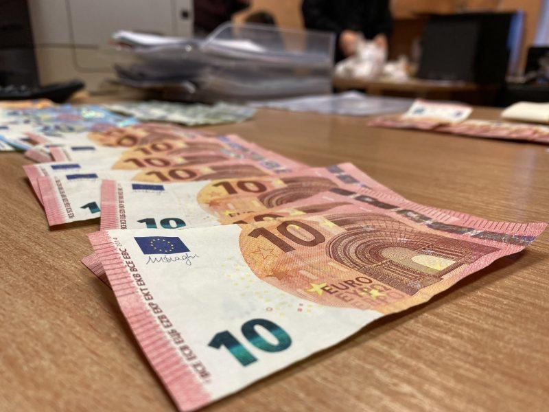 Klaipėdos rajone gyvenantys sutuoktiniai bus teisiami dėl daugiau kaip 213 tūkst. eurų pasisavinimo