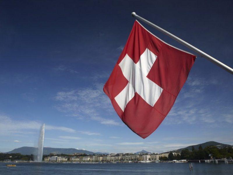 Šveicarai vėl balsuos dėl imigracijos iš ES apribojimo
