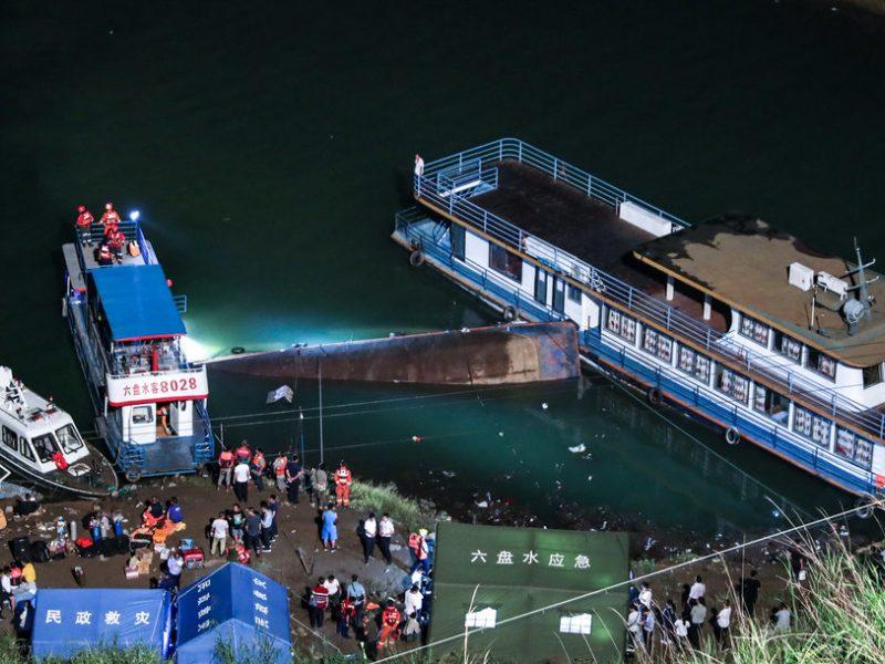 Kinijos Guidžou provincijoje apvirto keleivinis keltas: žuvo 8 žmonės, dar 7 dingo