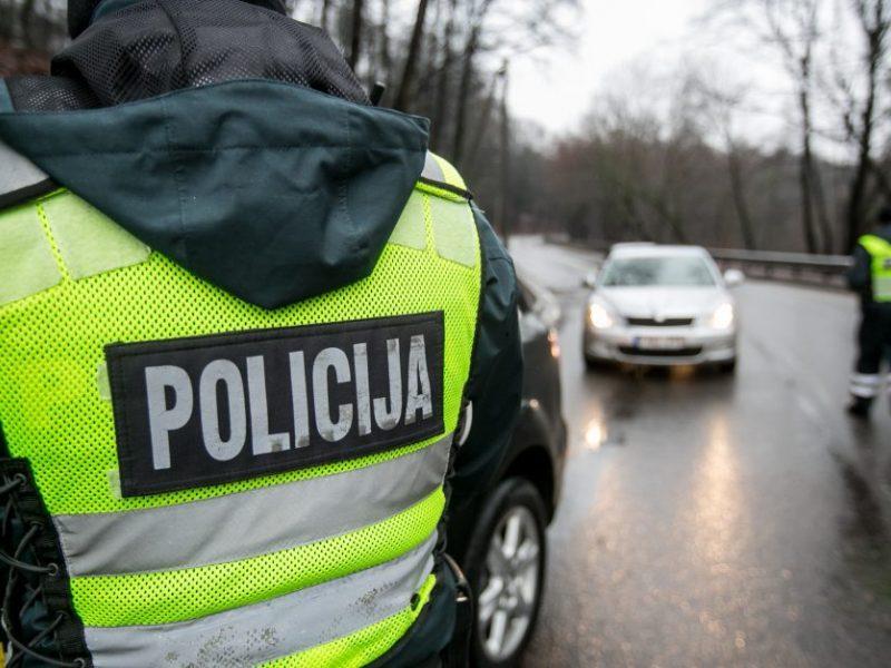 Policija kovojant su pandemija skatina nepamiršti ir eismo saugumo