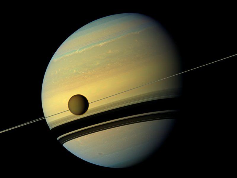 Saturnas aplenkė Jupiterį – tapo daugiausia palydovų turinčia planeta