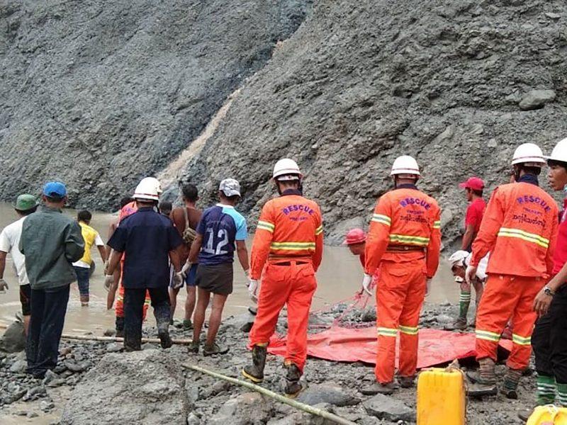 Mianmare per purvo nuošliaužą nefrito kasykloje žuvo mažiausiai 126 žmonės