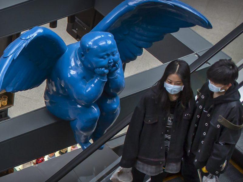 Kinijoje užregistruoti 48 nauji užsikrėtimo koronavirusu atvejai, visi – įvežtiniai