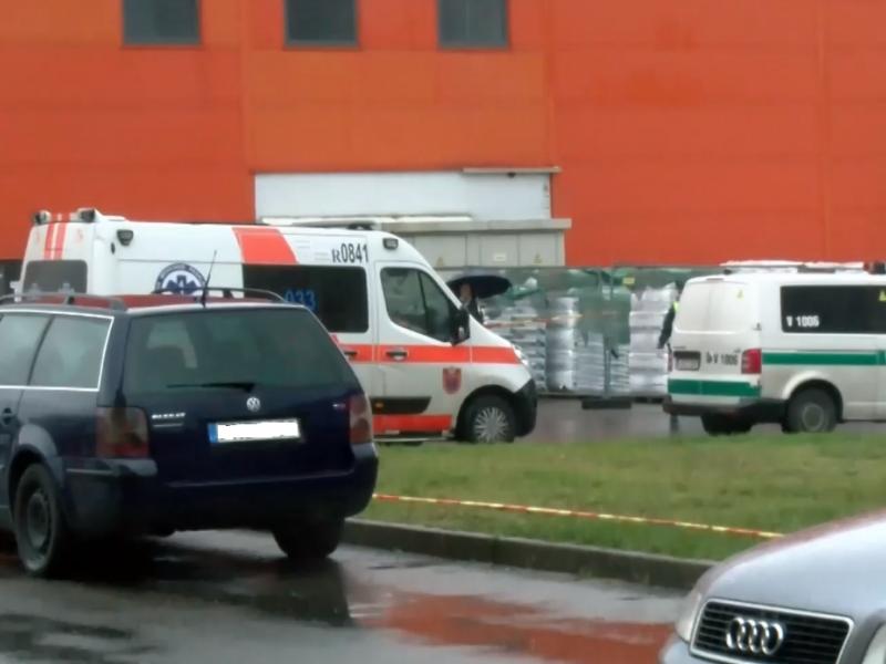 Vilniaus apylinkės teisme sprogmuo nerastas, darbas atnaujintas