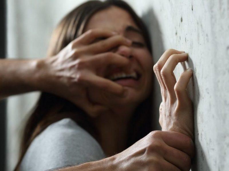 Žiaurumo protrūkis Utenoje: girtas vyras sumušė savo nepilnametę podukrą